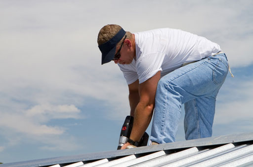 Leave It to the Pros: Why Roof Repairs Should Not Be a DIY Project